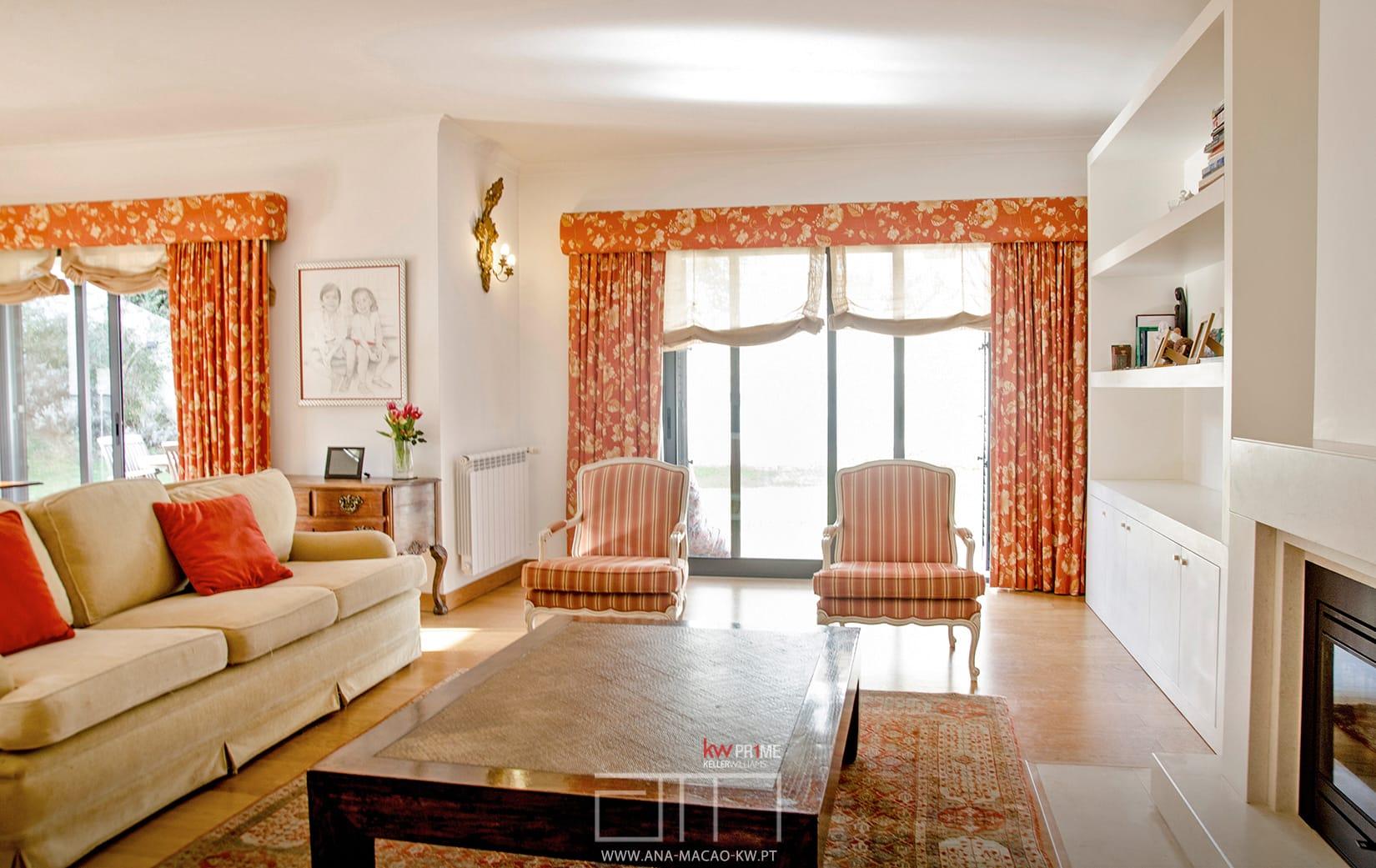 Oeiras golf residence moradia geminada t4 1 kw ana for Simultaneo contemporaneo