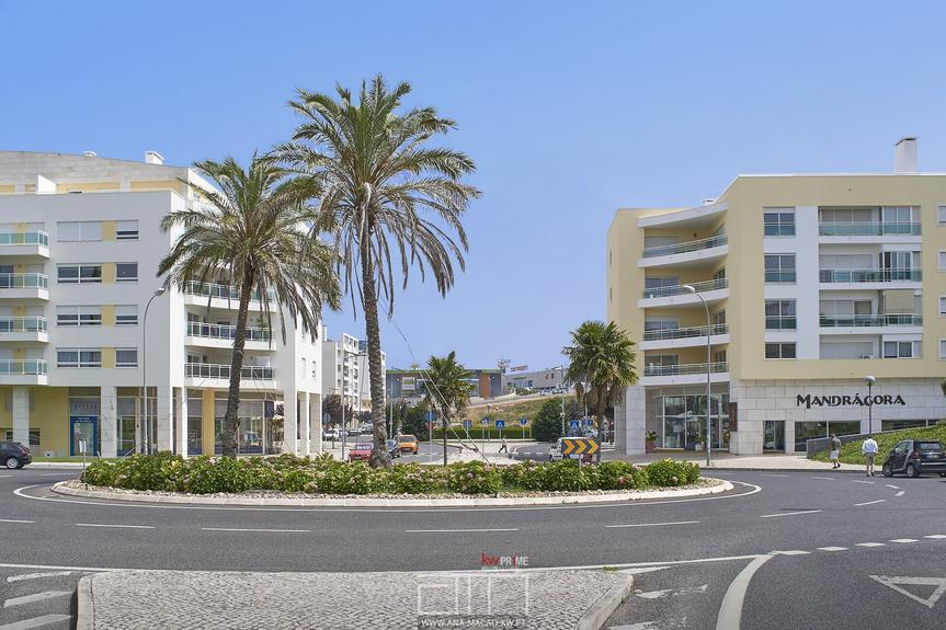 Forum Oeiras - One Bedroom Apartment, Equipped and Furnished