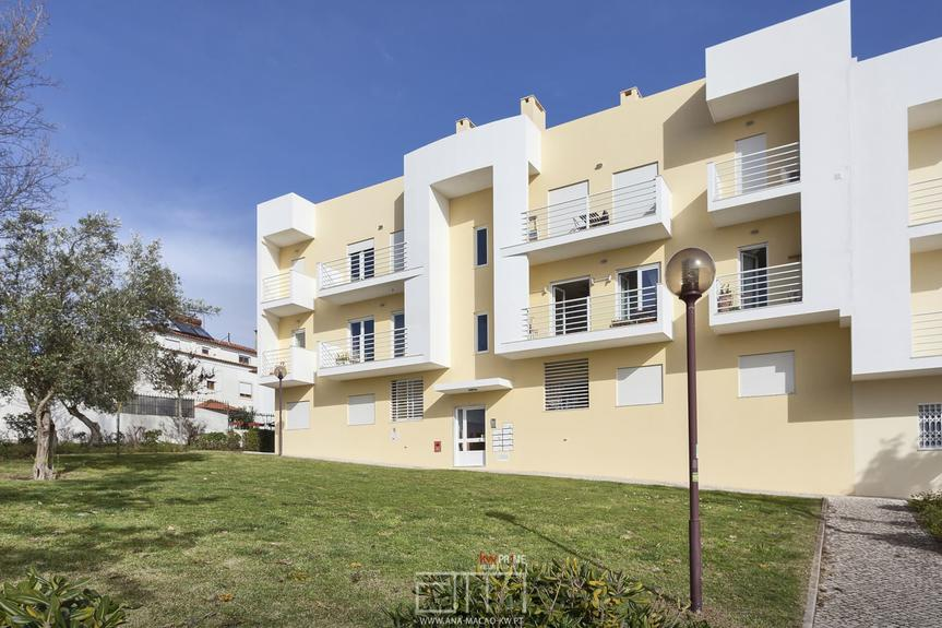 Oeiras-Vila Fria, T2 apartment, equipped and furnished, with view
