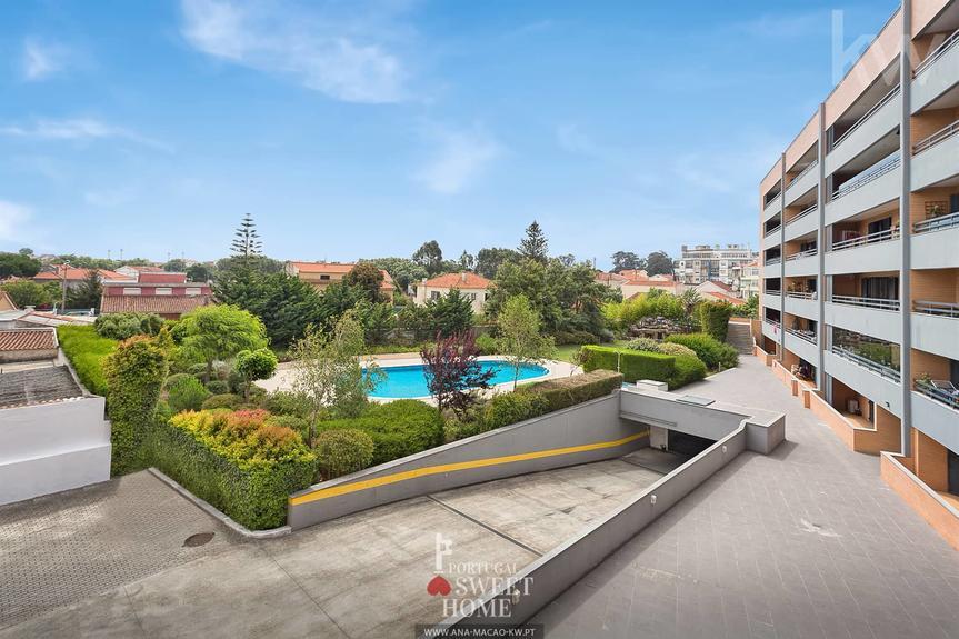 Mem Martins - Spectacular T4 Apartment in a Condominium with pool
