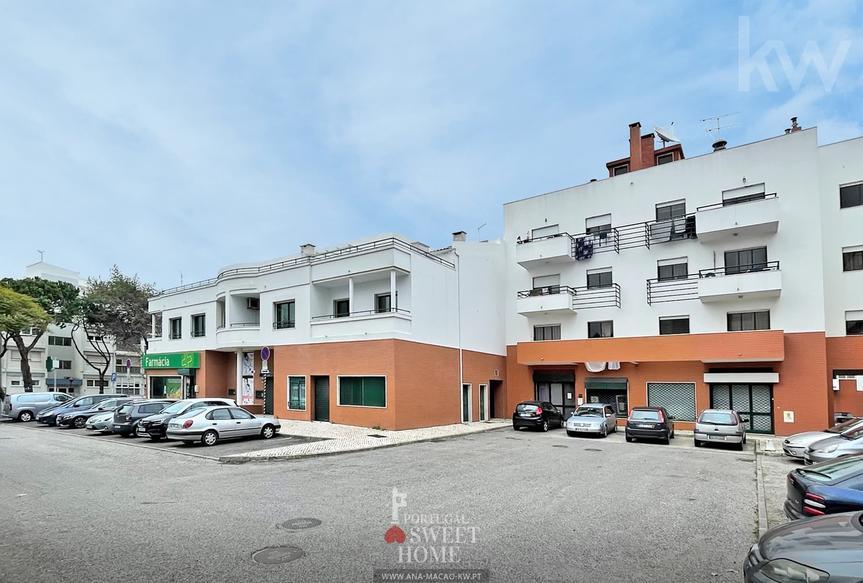 Oeiras Queluz de Baixo, Duplex T4 com Terraço e Garagem para 2 viaturas