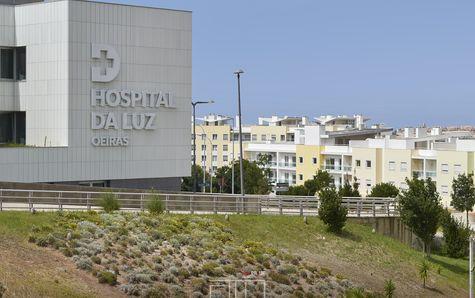 Hospital da Luz ao lado do Fórum Oeiras