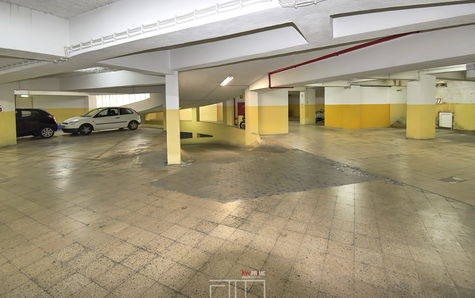 Private garage of the condominium (parking space not included)