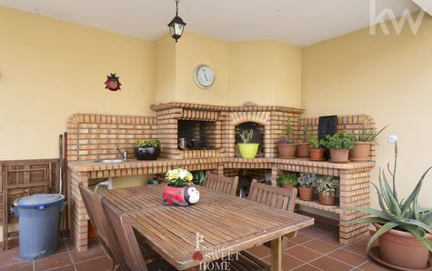 Barbecue area with shed