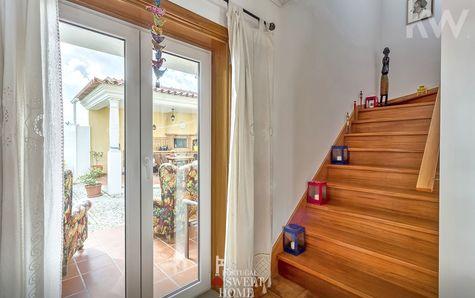 Escalier entre les étages