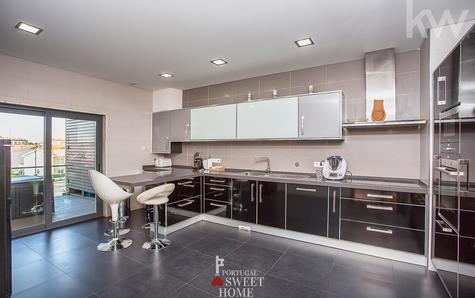 Cozinha ampla com 23m2