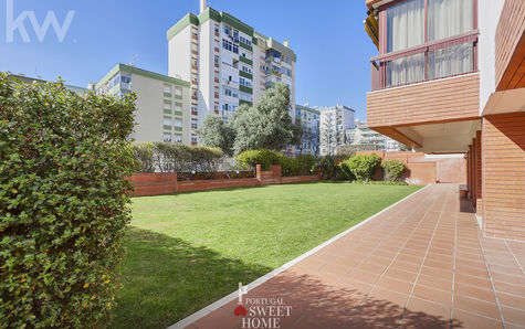 Condominium Garden View