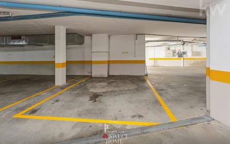 Place de parking pour 1 voiture (60m2)