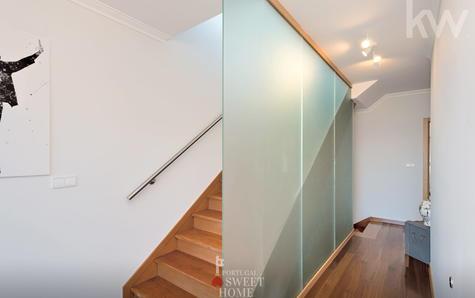 Escadaria de acesso ao terraço
