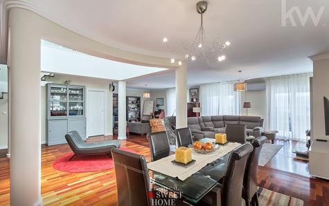 Salon et salle à manger de 100 m2