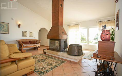 Recreation living room