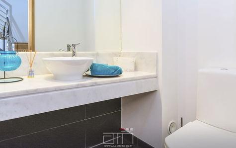 Ground floor washbasin